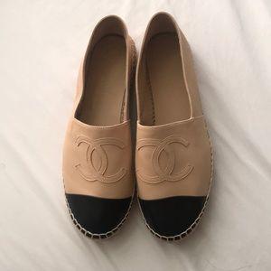 Chanel Espadrilles tan & black 100% authentic